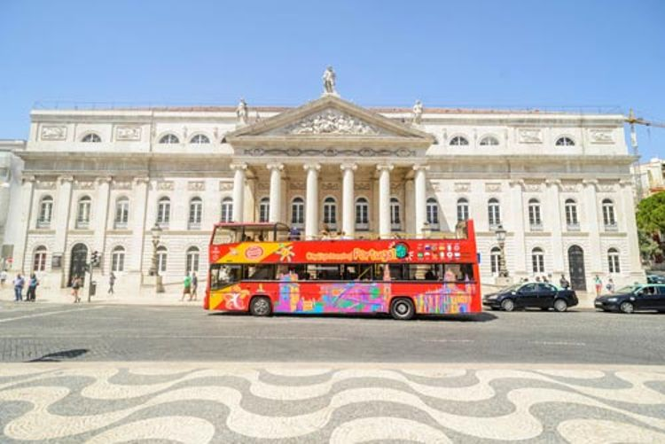 Hop-on/Hop-off-Bustour Lissabon