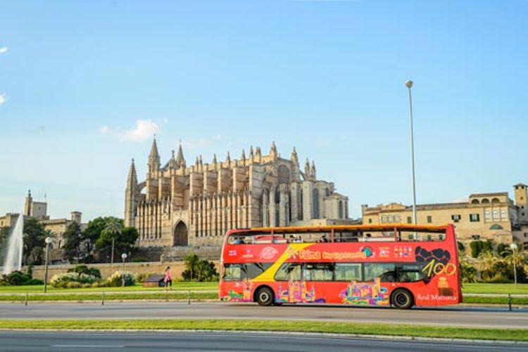 Hop-on/Hop-off-Bustour Palma de Mallorca