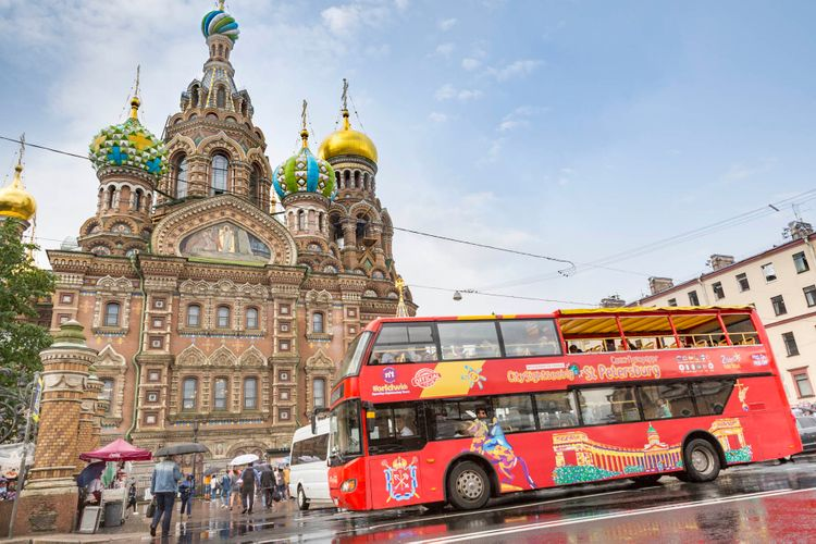 hop on hop off bus st petersburg official city sightseeing tour