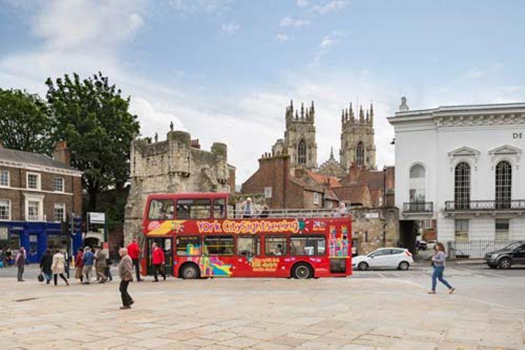 Hop-on/Hop-off-Bustour York